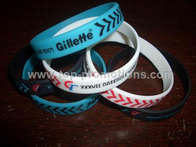 Custom silicone segmented wristband