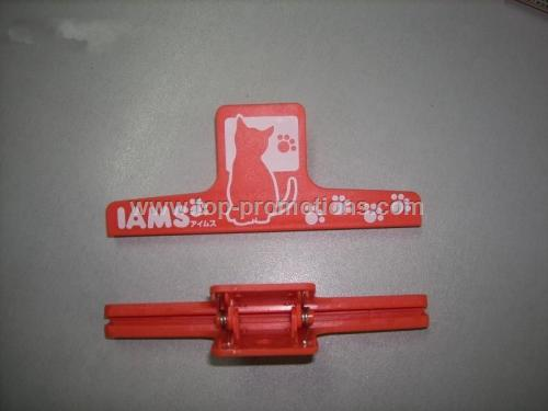 Bag clip or chip clip 6 inch wide