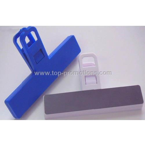 Bag clip or chip clip