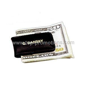 Leather money clip with magnet