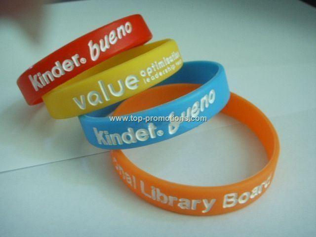 Silicone wristband/bracelet