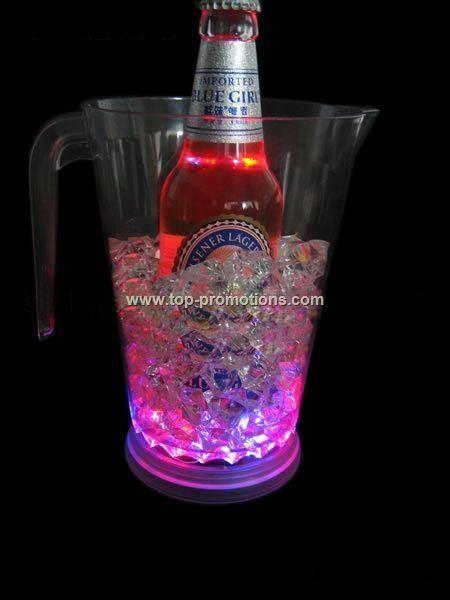 LED flashing beer mug