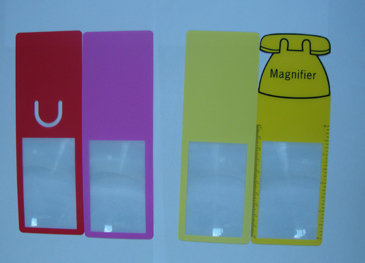 Bookmark Magnifier with Rule