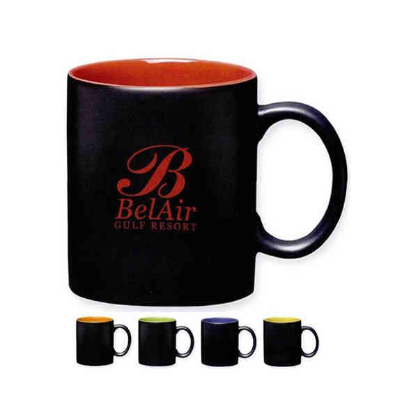 Mug with D-shaped handle