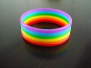 rainbow colored closed bracelet