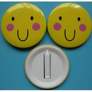 BUTTON Badges with plastic clip