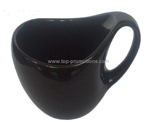 Pottery cup with special shape