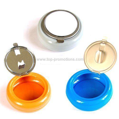 Mini pocket ashtray
