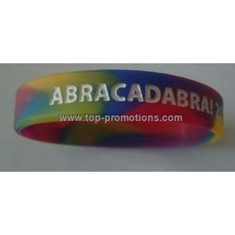 Camouflage color silicone wristband