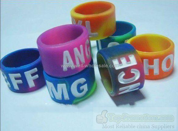 2012 Fashion Silicone Thumb Rings with printed logo