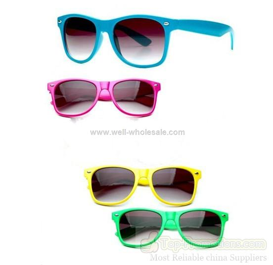 New fashion colourful sunglasses