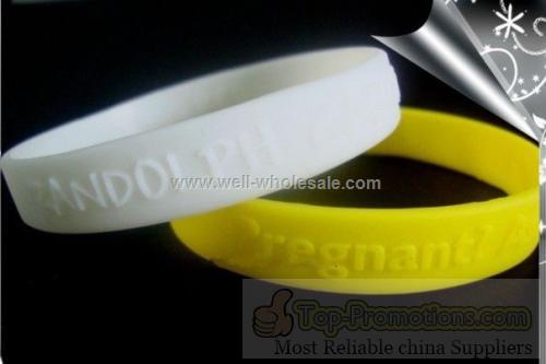 2013 Fashion Promotional silicone bracelets