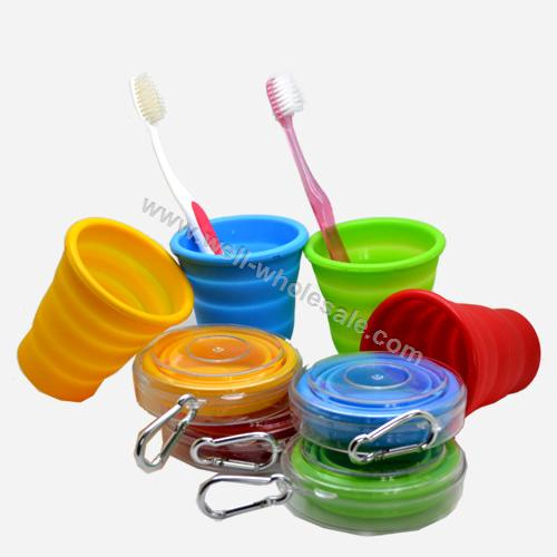Protable foldable silicone cup
