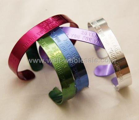 Color anodized aluminum cuff bracelet