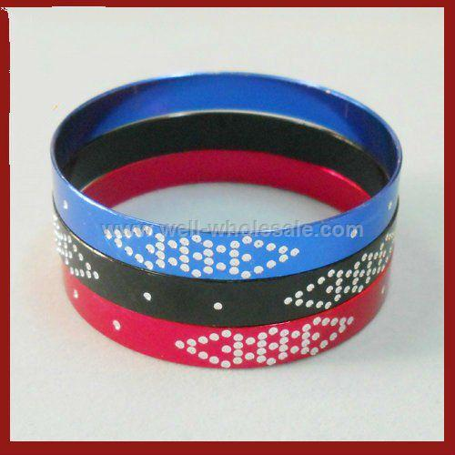 Multi color anodized bangle