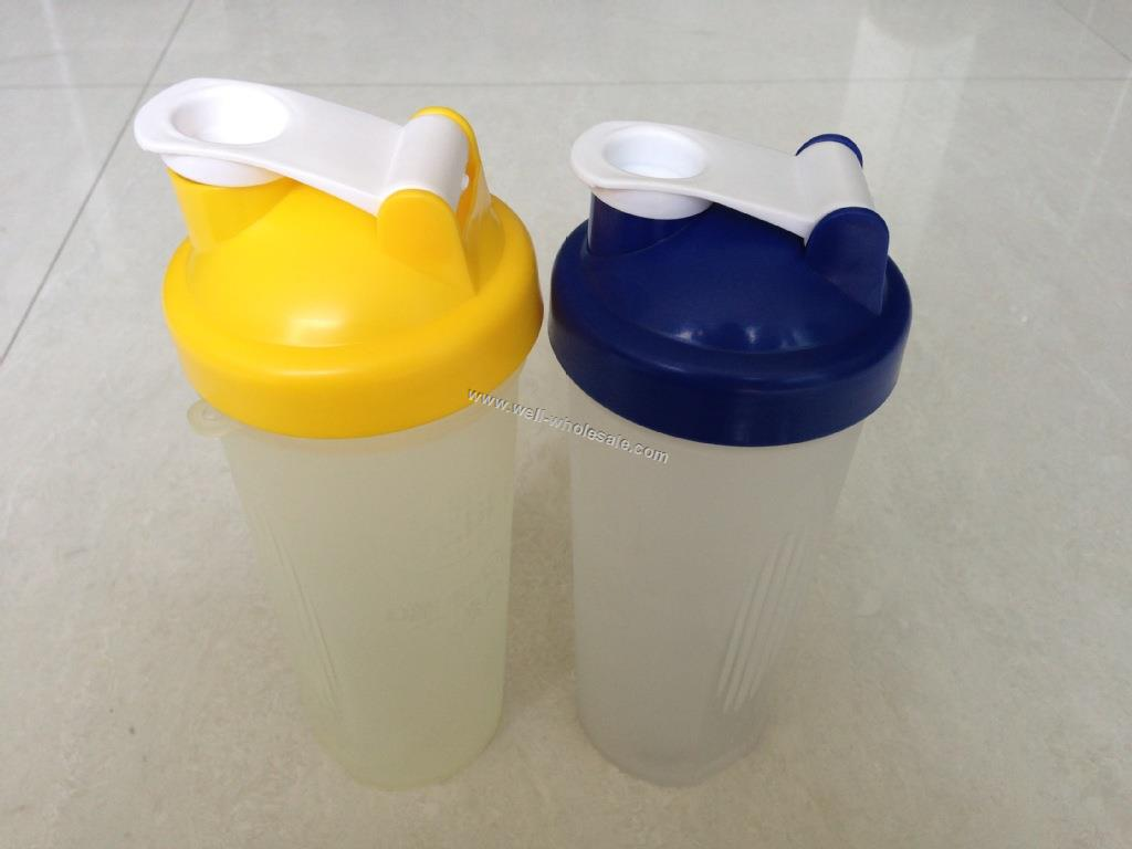 shaker cup vs blender bottle