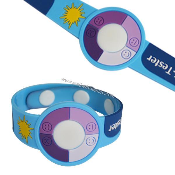 Color changing UV Bracelet