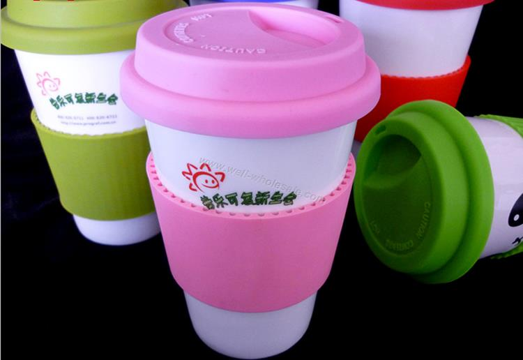 Thermal mugs with grips