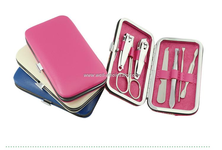 Pink box set manicure nail clipper