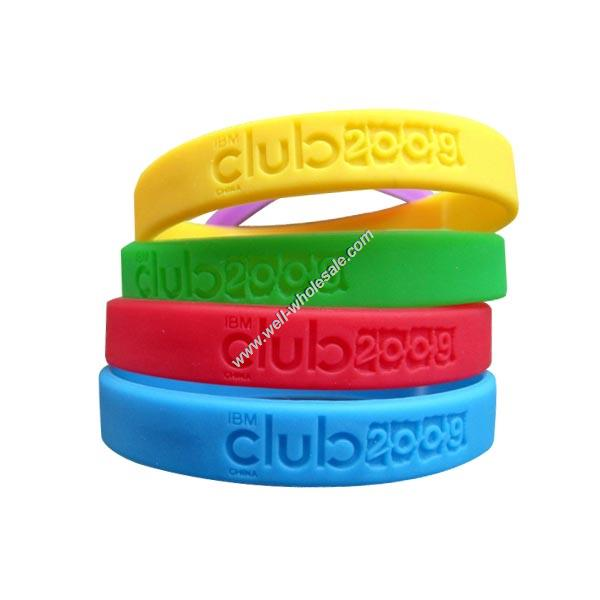 wholesale,Debossed Silicon Wristband