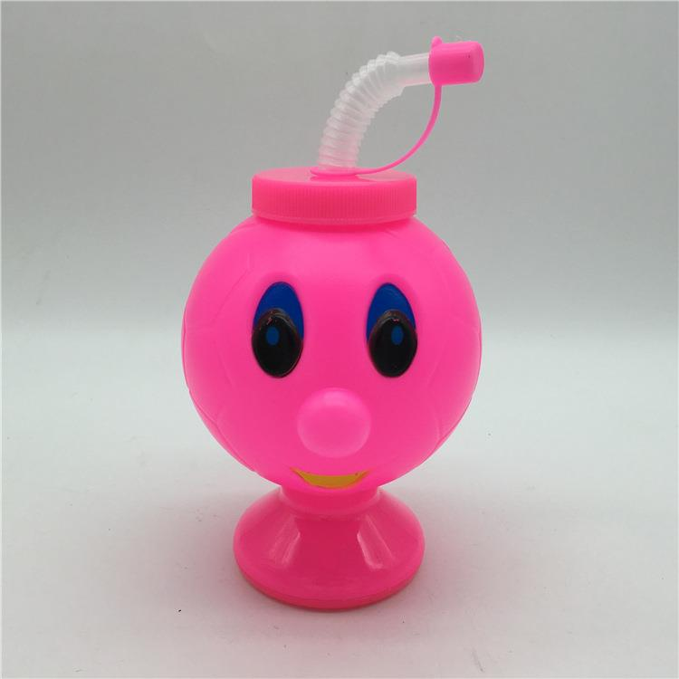 Factory wholesales plastic kids cup goblet straw cup