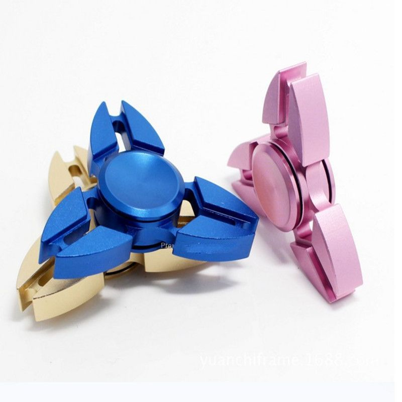 2017 New Style Aluminum Tri-fidget Spinner Crab shaped America toy for stress relief