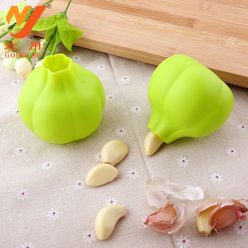 Easy roll silicone garlic peeler,garlic clove peeler