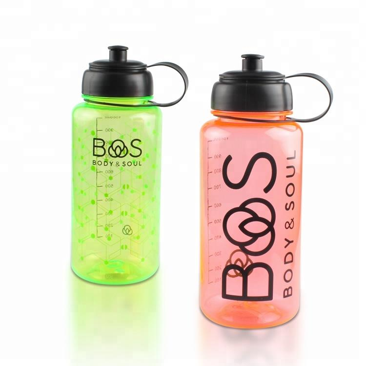 Promotional items BPA free colored plastic Screw Cap sports bottle