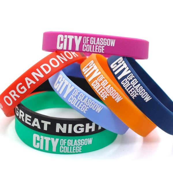 Factory Price Custom Color Changing Silicone Wristband Wholesale From China