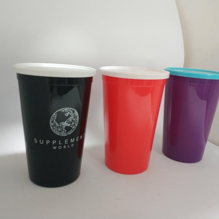 Custom Logo Plastic Drinking Cups Party Stadium Cups with Lid