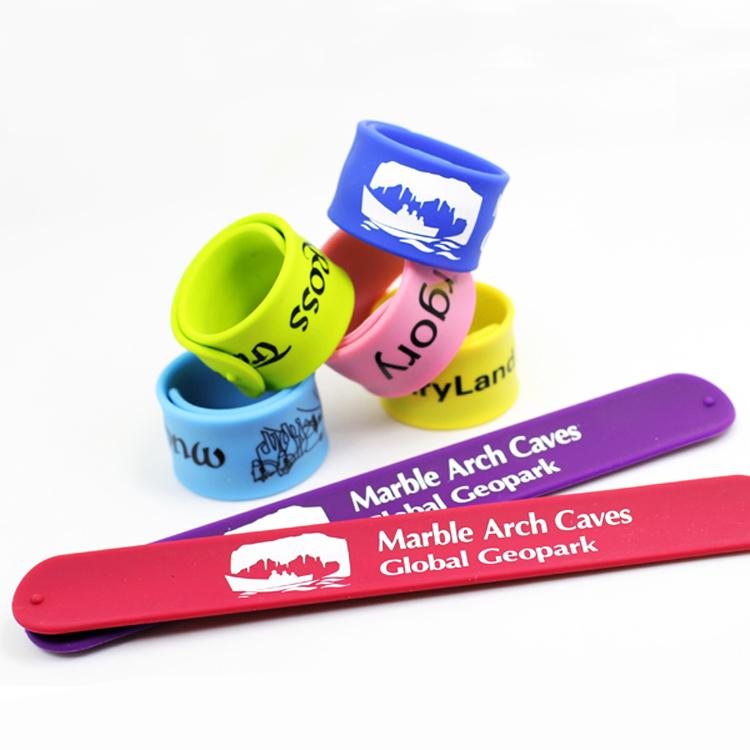 Custom LOGO Silkscreened Silicone Slap wristband/bracelet for promotion