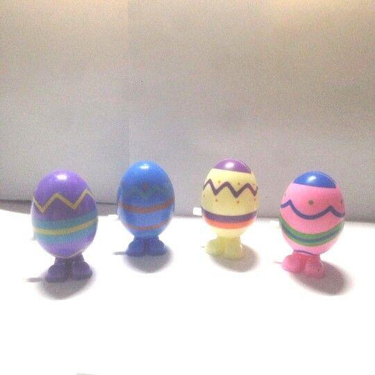 Colorful wind up toys cheap promotional toy wind up surprise egg toy